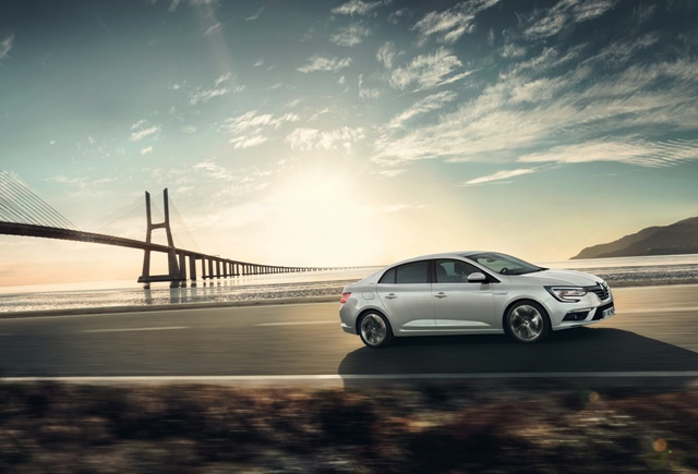 Renault _Megane_sedan_8