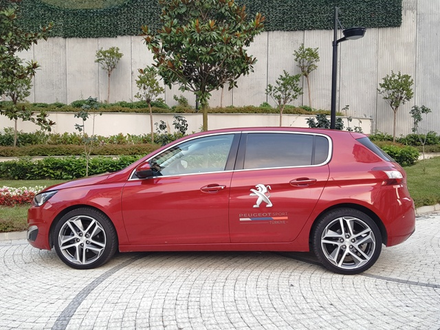 Peugeot 308 test_