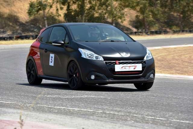 Peugeot_208_308_GTi_1