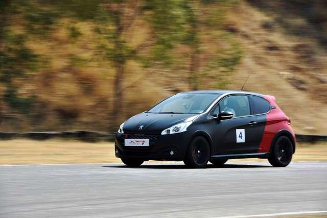 Peugeot_208_308_GTi_6