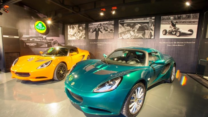 LOTUS'UN PERFORMANSI LAMP 83 İLE AYDINLANDI