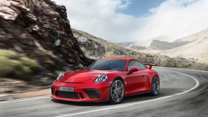 GÜNDELİK KULLANIMA UYGUN YARIŞÇI: 911 GT3