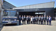 Mercedes-Benz Türk, 50. yıl dönümünü hikâyesinin başladığı yerde Davutpaşa Fabrikası'nda kutladı