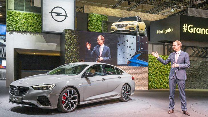 Opel, Frankfurt Otomobil Fuarı'nda dikkatleri üzerine çekti