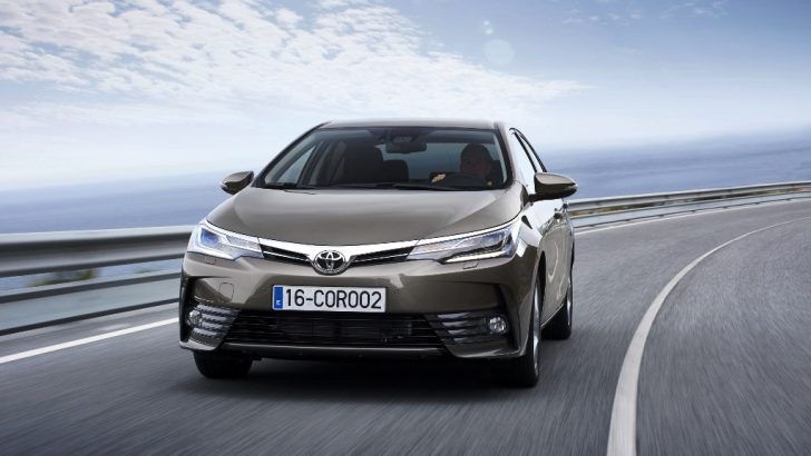 Toyota Plazalara Test Sürüşü İçin Gelin İndirimleri Yakalayın
