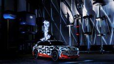 Faraday Kafesi'nde bir Audi
