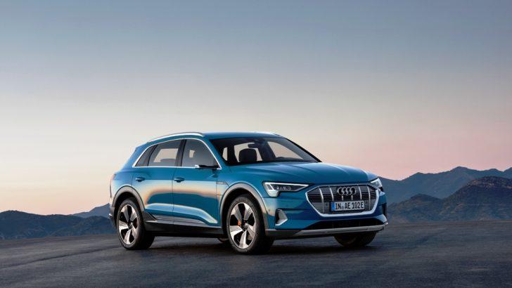 Audi'nin ilk elektrikli modeli Audi e-tron sahnede