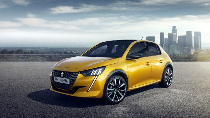 Yeni Peugeot 208 Fütüristik ve Genç