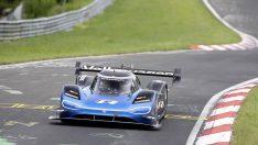 Volkswagen ID.R Nürburgring'de rekora imza attı