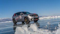Jeep'ten buz üzerinde hız rekoru!