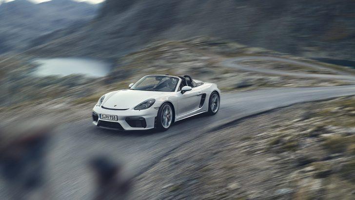 Porsche 718 ailesine iki model