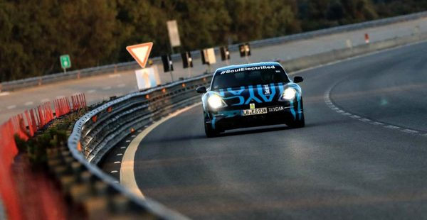 Porsche Taycan'dan rekor menzil