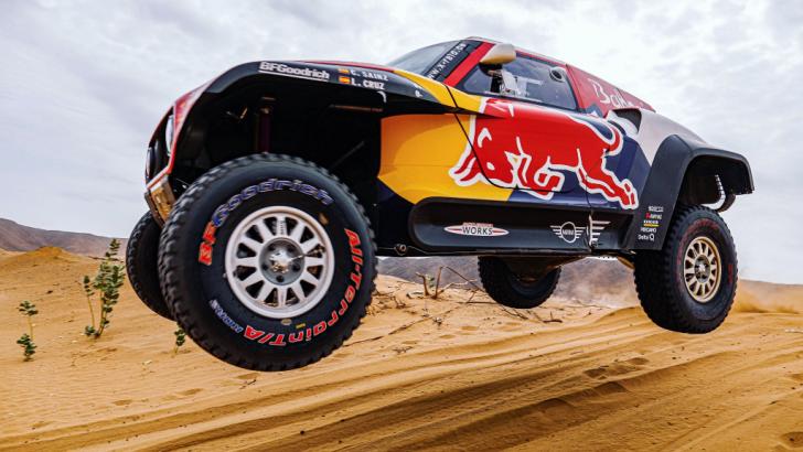 Dünyanın en tehlikeli yarışı Dakar Rallisi yarın Suudi Arabistan'da başlıyor