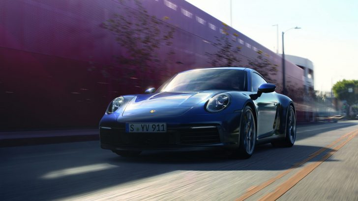 Ve Efsane Türkiye'de:Yeni Porsche 911 satışa sunuldu