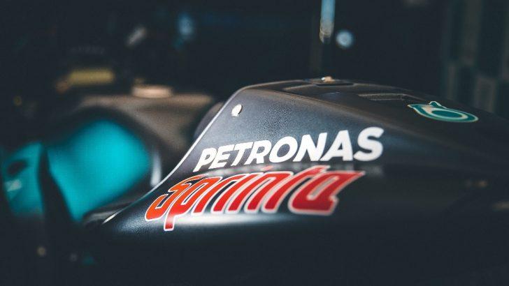 Petronas'tan Motosikletlere UltraFlex™ Teknolojili Madeni Yağ Ailesi!
