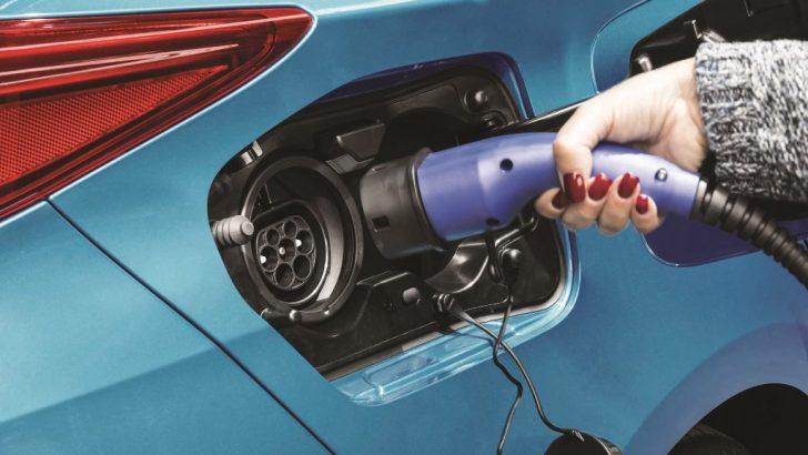 Toyota ve Panasonic Yeni Nesil Elektrikli Araçlara Yüksek Teknolojiye Sahip Batarya Üretecek