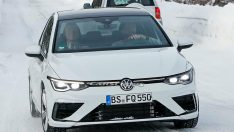 2021 Volkswagen Golf R hangi motorla gelecek?