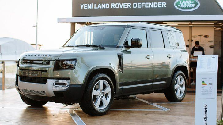 Yeni Land Rover Defender Bodrum'da sergileniyor