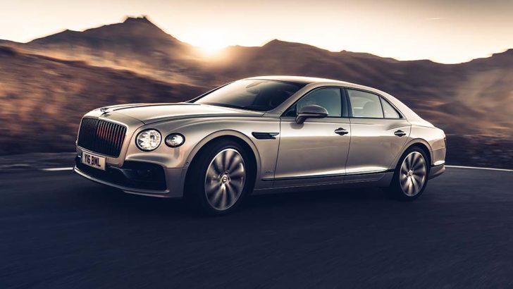 Dünyanın ilk üç boyutlu ahşap panelleri yeni Bentley Flying Spur'da kullanıldı