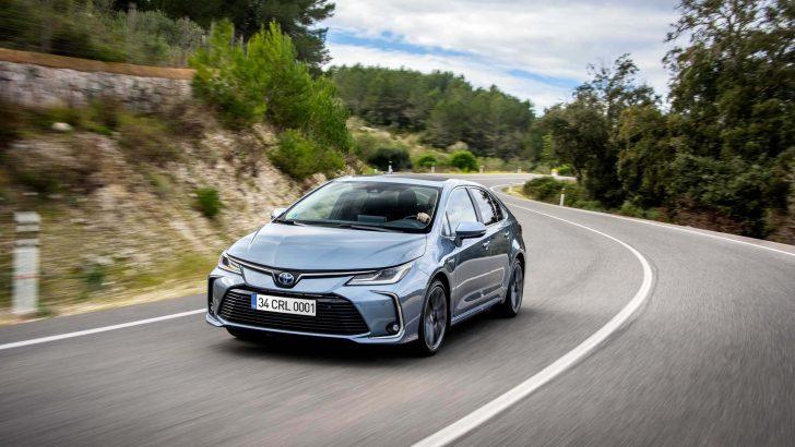 Toyota Corolla Sedan'da yeni 1.5L Dynamic Force motor seçeneği