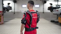 Audi Türkiye'nin teknisyenlerinden robotik kıyafete tam not