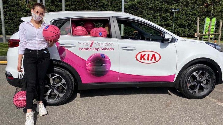 KIA, kadın müşterilerine 'Pembe Top' hediye ediyor