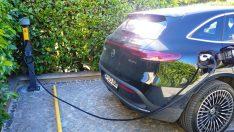 Elektrikli araç kullan yakıt doldurmayı unut