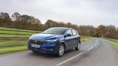 Yeni Dacia Sandero Showroomlarda