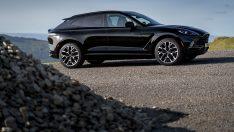 Aston Martın'in ilk 'SUV'u 'DBX', yeni renkleriyle de büyüleyecek
