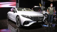 Mercedes-AMG EQS 53 Münih'te sahne aldı